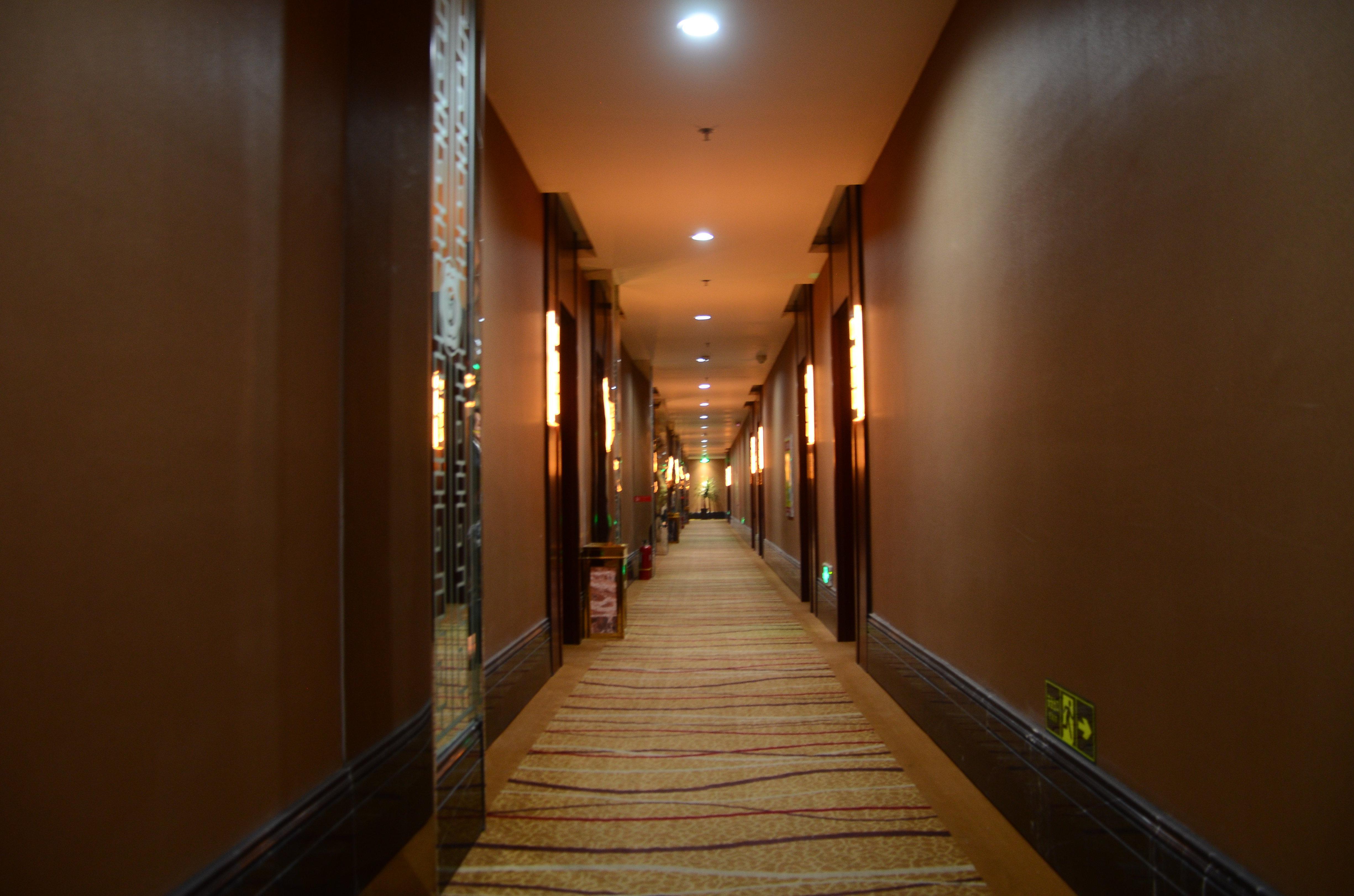 快捷酒店走廊效果图大全酒店过道效果图
