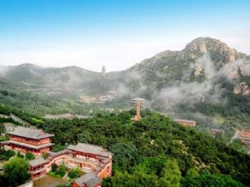 06 150 起 10  威海赤山风景名胜区,位于山东半岛最东端的中国首届