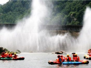 尧山大峡谷漂流图片 尧山大峡谷漂流门票价格 尧山大峡谷高清图片