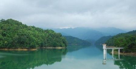 往白水寨风景区-派潭——南昆山镇川龙峡漂流(约3小时) 从惠州出发 惠