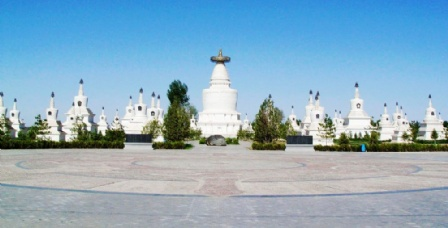 甘肃凉州白塔寺里面全景图片