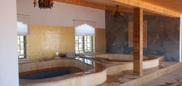"""""""汤天下""""温泉spa水疗中心设有101个室内"""